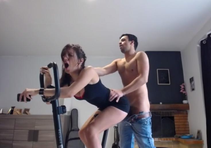 Jennifer szereti a hewitt szex videókat