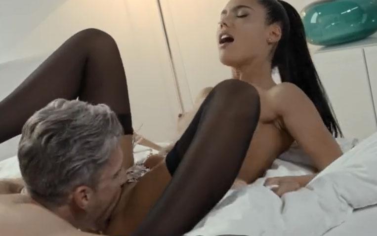 masszázs fogás pornó